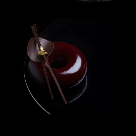 Sasa Demarle Professional Silicone FLEXIPAN® Donut Mold - Half Sheet Size - 8 Cavity - Ø 3.5''- Depth:1.18'' - 12.2'' x 17.3''