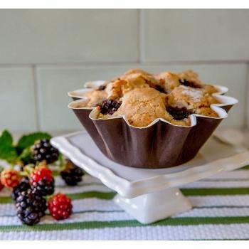 Brioche Floret Paper Baking Cups - Small Size - 1 3/4'' Base x 3'' Top x 1 1/4''High - 100 pcs