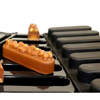 Sasa Demarle Flexipan Origine Lounge Entremet Mold - 5.11'' x 1.18'' x .98'' - 3.11 oz - 24 Indents - 400 x 600 mm