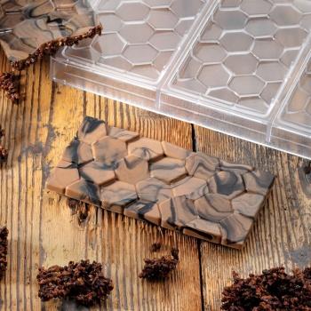 Polycarbonate Chocolate Bar Mold PAVÉ by Vincent Vallee - 155 x 77 x 10 mm - 3 pcs - 100 gr - 275 x 175 x 24 mm