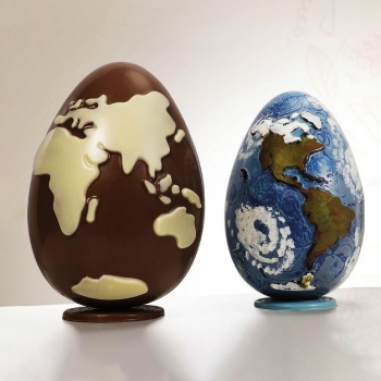 Thermoformed Chocolate Easter World Egg Mold - Ø125 x 185 mm ~280 gr - Set of 2