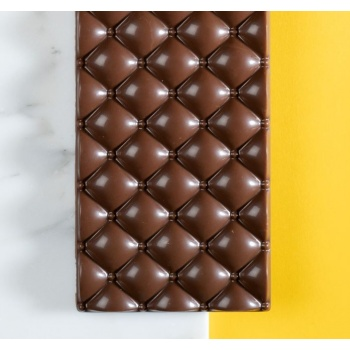 Polycarbonate Quilted 1 Chocolate Bar Mold - 133x70x10mm - 82gr - 3 cavity