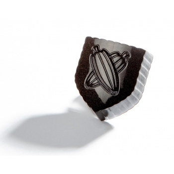 Polycarbonate Coat of Arms with Cocoa Beans Chocolate Mold - 31x27x15.5mm - 11gr - 3 x 8 cavity