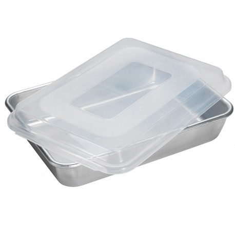 "Nordic Ware 9"" x 13"" Cake Pan with Storage Lid"